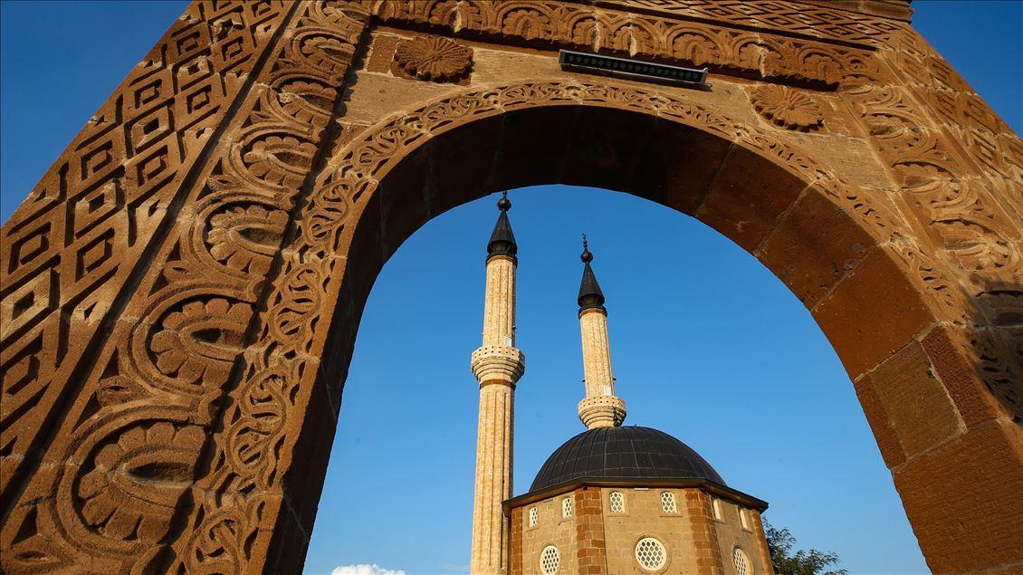 Ahlat nerede? Malazgirt Zaferi nedir? Cumhurbaşkanı Erdoğan dan Malazgirt Zaferi mesajı #8